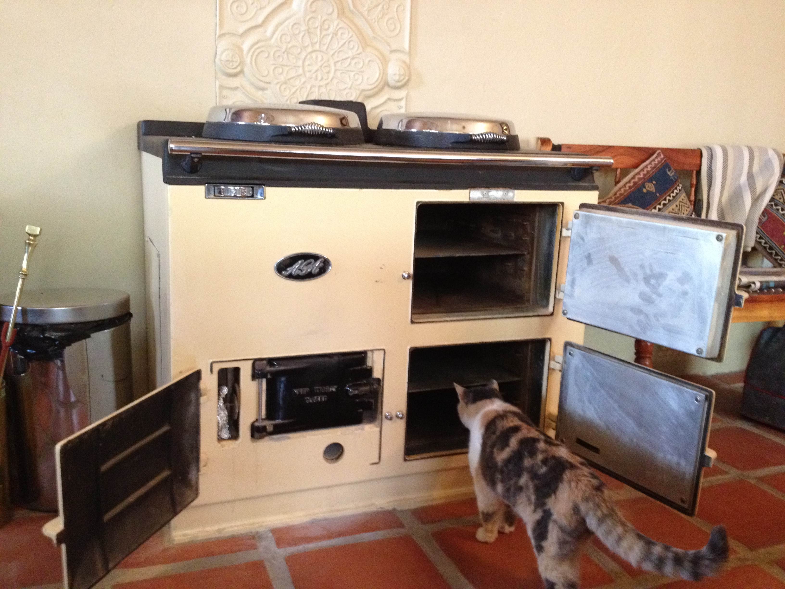 The magic of aga vastrap farm for What is the bottom drawer of an oven for