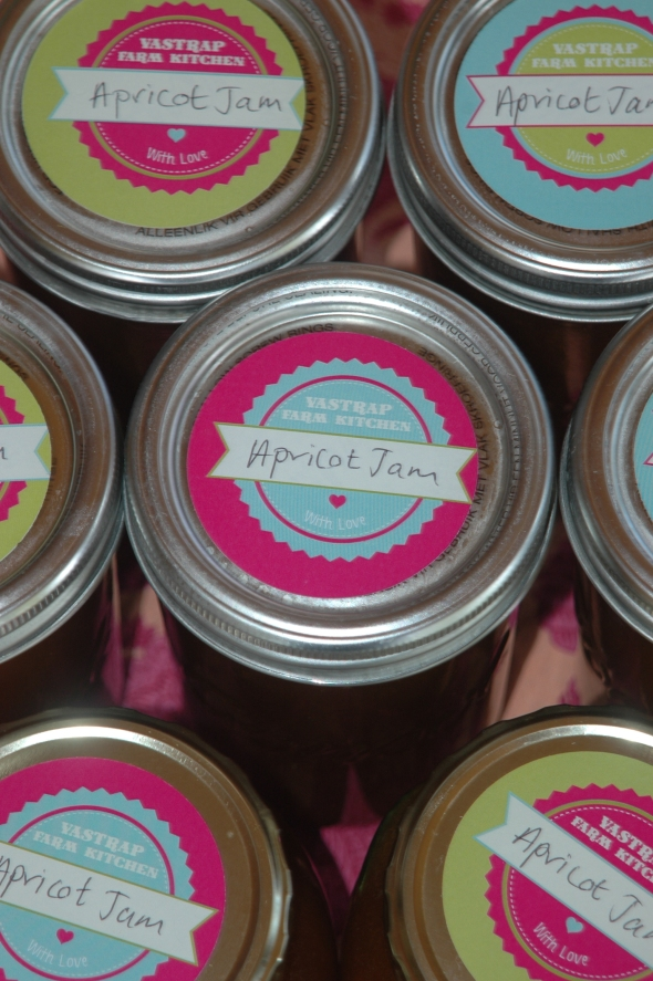 Lovely new labels from Macaroon.